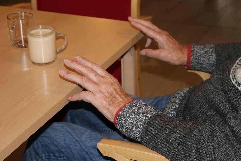 2020-01-22-Tagespflege Nörten-Alleinunterhalter Dehne zu Gast (17).JPG