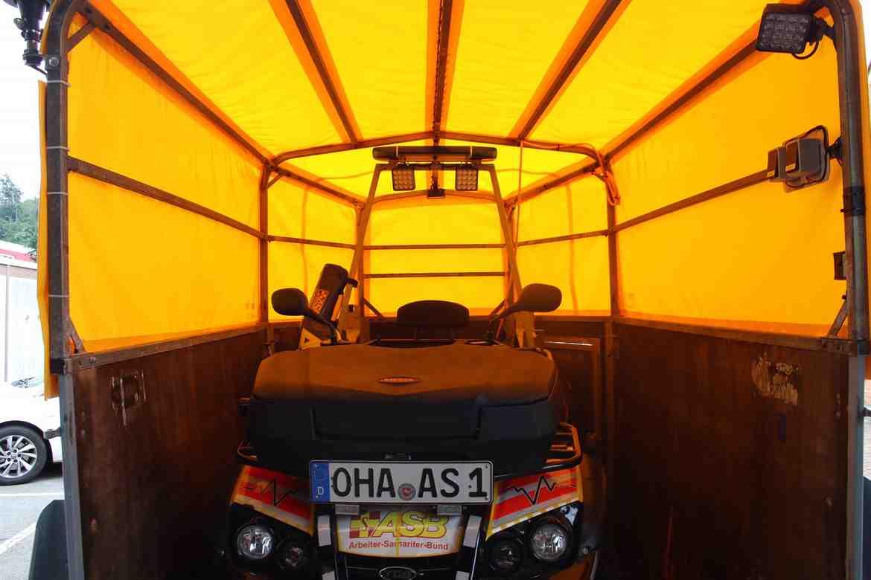 2021-06-29-Spendenübergabe Harzenergie Anhängerplane Quad-Anhänger.jpg